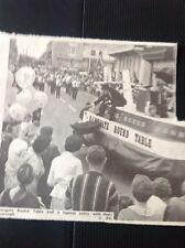 73-3 Ephemera 1969 Picture Ramsgate Carnival Round Table Hovercraft Procession