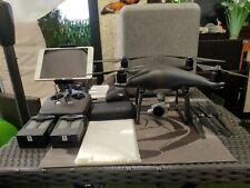 DJI Drohne Phantom 4 pro Obsidian 3 x Akku und viel Zubehör Neukauf. ca. 2.400 ?