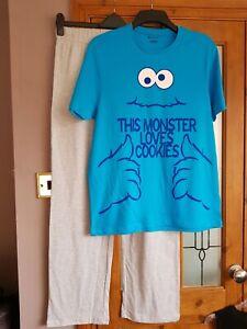 BNWOT SESAME STREET - COOKIE MONSTER Pyjamas Size Medium