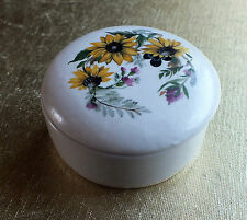 China trinket box Guild crafts Poole England Yellow daisy flowers on lid