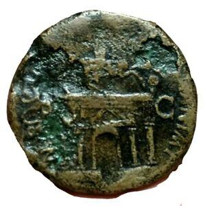 Claudius I Augustus 41-54 AD. Sestertius -Triumphal Arch Claudius on horse. Rare
