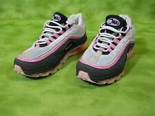 Nike shoes AirMax Women's 7 Pink / Black running cross training