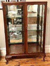 Queen Anne Crystal Cabinet