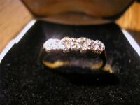 Beautiful Art Deco 18ct Gold, Plat & Diamond Four Stone Ring