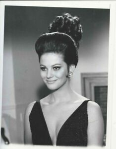 CLAUDIA CARDINALE  9X7 RARE  VINTAGE SEXY BUSTY PINK PANTHER