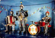 BF40383 l orchestre robot robots music  music opera singer