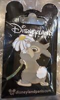 PIN'S Disneyland Paris FLEUR PANPAN / Thumper OE