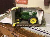 Vintage John Deere 1953,Model 70 Row Crop Tractor By Ertl No 5611 - 1991 USA Mad