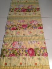 Handmade Yellow Victorian Style  Quilted Table Runner/Scarf 16 x 42 ins