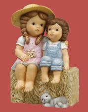 Goebel Nina Marco Porzelan Figur Porzellanfigur Päuschen auf dem Stroh 11743036