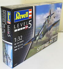 Revell 01:32 03927 Supermarine Spitfire Mk.IXc Collectible avion