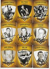 HAWTHORN 1961 PREMIERS TEAM SET SIGNED BY ALL LIVING / 18 SIGS IN TOTAL