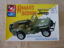 AMT ERTL HOGAN'S HEROES WWII JEEP 2 N 1 1:25TH SCALE PLASTIC MODEL KIT