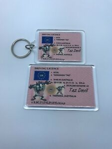 TAZ DEVIL TASMANIAN DEVIL Keyring or Fridge Magnet = ideal gift idea !!!!!!!!!!