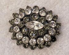 CLASSIC PIN BROOCH BLOOMING FLOWER FLORAL DESIGN BLACK/WHITE COSTUME ST VL-CHOA1