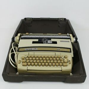 Smith Corona Coronet Super 12 Electric Typewriter in Hard Case
