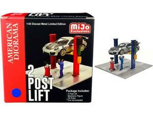 Two Post Lift Blue w/Mechanic & Oil Drainer 1:64 Model - American Diorama 38376