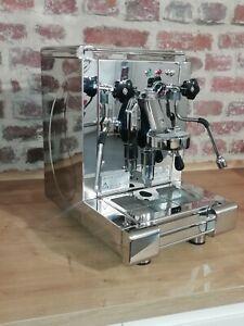 Royal Giove Espressomaschine mit E61 Brühgruppe aus dem Hause BFC. Neugerät
