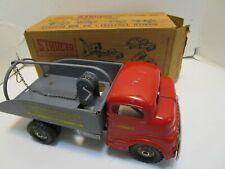 VINTAGE STRUCTO NO.822 WRECKER TRUCK WIND UP WITH BOX