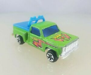 """Unbranded Diecast Chevy Stepside Pickup Truck Green """"FLASH""""  - 1/64 Scale"""