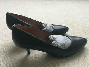 Robert Clergerie black court shoes - never worn