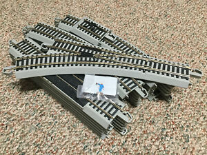 """Bachmann 56"""" X 38"""" Oval of Snap-Fit Nickel Silver EZ Track with Siding &Turn Out"""