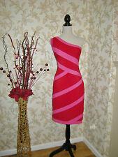 18 SARA BERNSHAW DRESS PINK + RED BANDAGE BODY SCULPT COMFORT QUALITY WEDDING