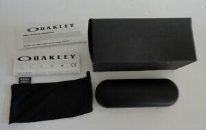 New Old Stock Oakley Hard Shell Rectangular Eyeglasses Case Pouch Box Paperwork