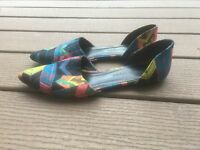 Jenni Kayne D'Orsay Printed Arrow Flats IT40 Multicolor Fabric Leather