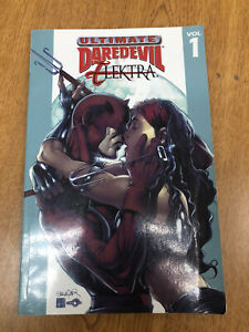 Ultimate Daredevil Elektra TPB  Marvel Comics Rucka Larroca Issues 1-4