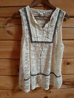 Studio West Apparel Women Size L Tank Cream Top Sleeveless Boho Hippie Feathers