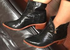 Vince  Camuto 💗Leather Boots $400 Heels Shoes Fits 7.5 Or 38.5 + Mimco Dust Bag