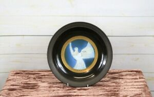 John Chipperfield Norfolk C20th Studio Art Pottery Dove Peace Charger Plate