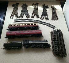 TR2335 black Locomotive Hornby triang OO Gauge Train Sets coal tracks carraiges