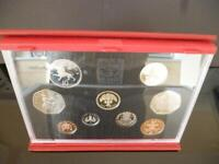 1992 ROYAL MINT PROOF COIN SET HOUSED IN ROYAL MINT DELUXE CASE INCLUDES EEC 50P