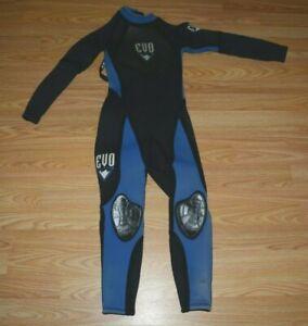 EVO 6/5/4mm BLACK & BLUE LONG WETSUIT KIDS SZ XS *GUC*