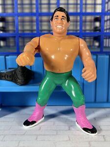 WWF Hasbro S6 El Matador Tito Santana Action Works!! Titan Sports 🔥MINT🔥