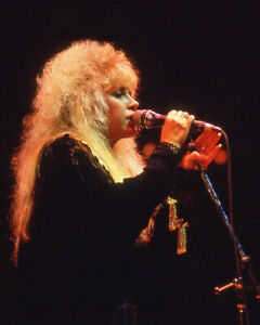 Rock Singer & Songwriter STEVIE NICKS Glossy 8x10 Photo Poster Fleetwood Mac