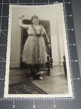 OUT OF FOCUS HULA GIRL Older Woman Grass Skirt Lei Funny Costume Vintage PHOTO