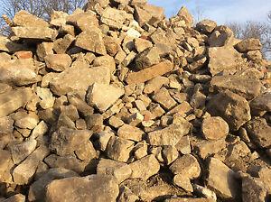 Feldsteine Natursteine Findlinge Gartensteine Bruchsteine ca. 1000 to. vorhanden