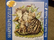 """NEW MAGGIE AND KITTENS - 750 PIECE SHAPED PUZZLE -  SIZE 23.25"""" X 25"""""""