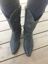 womens leather cowboy boots size 9