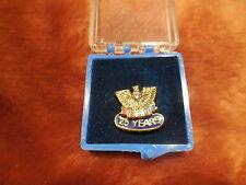 VINTAGE FOE LA FRATERNAL ORDER OF EAGLES PIN 25 YEARS faux diamond IN BOX