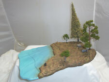 FIGARTI LC1005 US WILD WEST AMERICAN INDIAN RIVERSIDE CAMP TREES DIORAMA SETTING