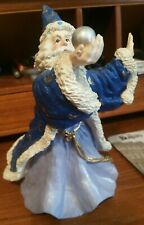 "Vintage Wizard Statue Holding Crystal Ball - Mint - 7"" Tall Resin"