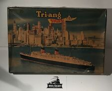 VINTAGE - TRIANG MINIC SHIPS - M891 - RMS QUEEN ELIZABETH PRESENTATION SET RARE