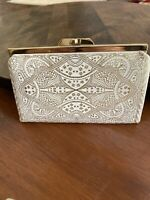 Vintage Coin Purse Red & Gold Kiss Lock  ~ 1960's Vinyl Color Ivory And Gold.