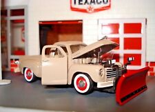 """1950 STUDEBAKER PLOW PICKUP TRUCK LIMITED EDITION 1/64 M2  """"WINTERS COMING"""""""