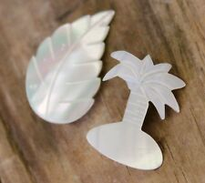 Vintage 2 Brooch Pin Carved Mother of Pearl Palm Leaf Jewellery Jewelry White