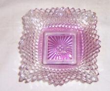 ~~  VINTAGE  ~~  IRRIDESCENT DEEP PINK DIAMOND PATTERNED RUFFLED DISH